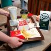 McDonald's uvodi posluživanje za stolom – naručite, sjednite i uživajte!