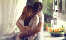 Predivna stvar koja se događa kada muškarac zagrli ženu