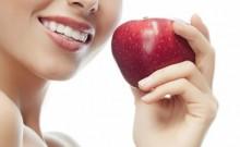 Neugodan zadah, krvavo i oteknuto zubno meso upućuju na ozbiljne probleme s Vašim zubima.  Otkrivamo kako spriječiti i liječiti te probleme.