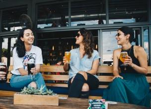 Pivo i feminizam: Kako je pivarska industrija uništila stereotip i posvetila tradicionalno piće ženama
