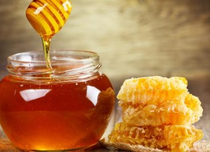 Prirodne maske za kosu od meda