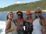 Neda Ukraden sa kćeri Jelenom i rođakinjama iz Australije_8