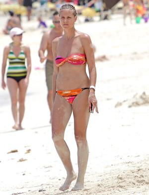 celebrety_bikini_7