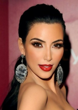 Kim-Kardashian-konturiranje-makeup