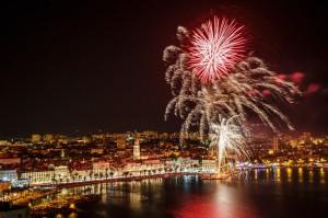 Split, 07.05.2015 - Vatrometom nad gradom zavrsena je proslava blagdana svetog Dujma