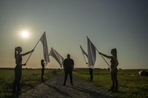 kristijan_rahimovski_bijele_zastave_1_foto_by_hit_produkcija