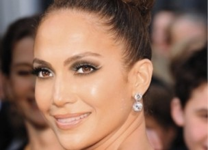 Make up by J.Lo